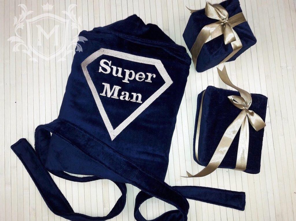 халат с вышивкой супермен
