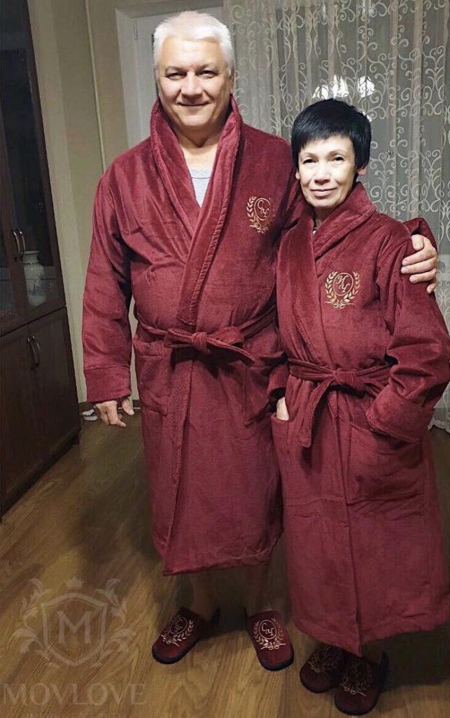 халаты с вышивкой на родителях