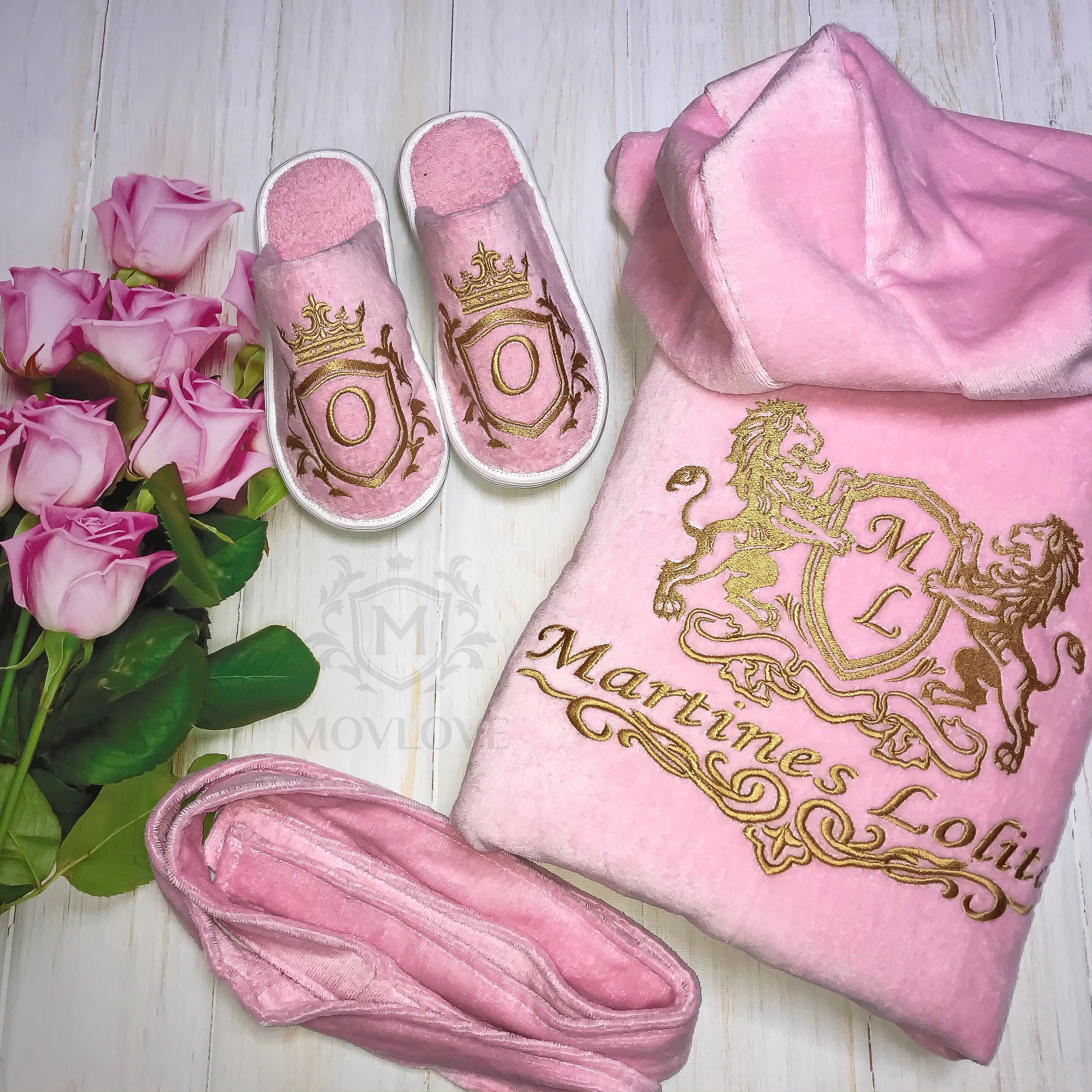 розовый халат с именной вышивкой