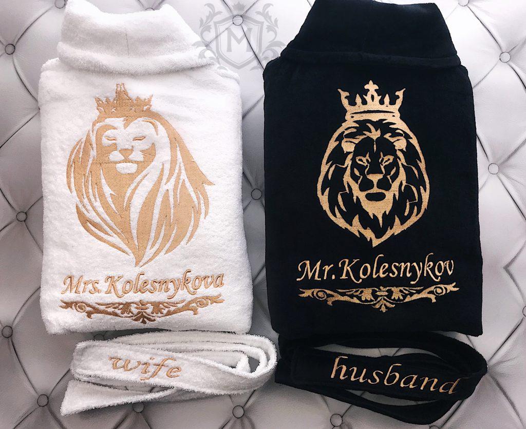 халаты с вышивкой львов