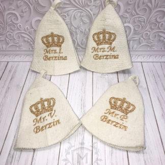 на подарок именные банные шапки с вышивкой фамилии и короны красивой круглой