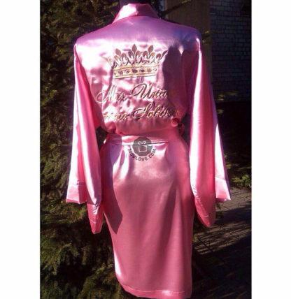 женский атласный халат с вышивкой короны и надписи