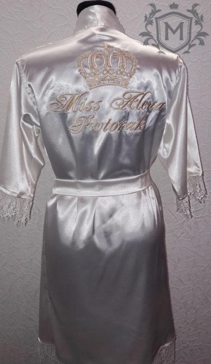 атласный именной халат с кружевом сделанный индивидуально под клиентам