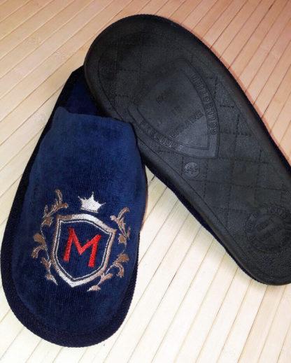 мужские тапочки с надписью и логотипом MOVLOVE