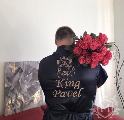 мужской атласный именной халат с вышивкой тигра и надписи в подарок мужу